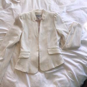 H&M fitted cream blazer work happy hour sexy